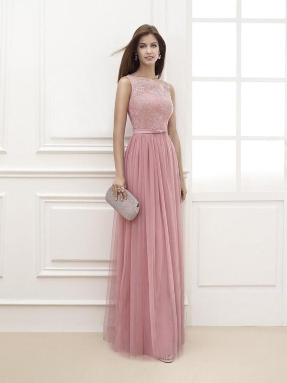 Falda plisada en color rosa para un vestido de fiesta