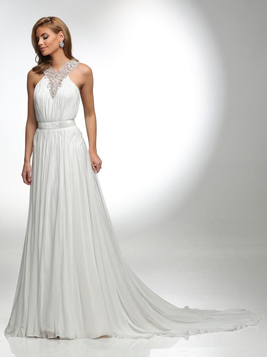 Vestido de novia plisado con toques de pedrería