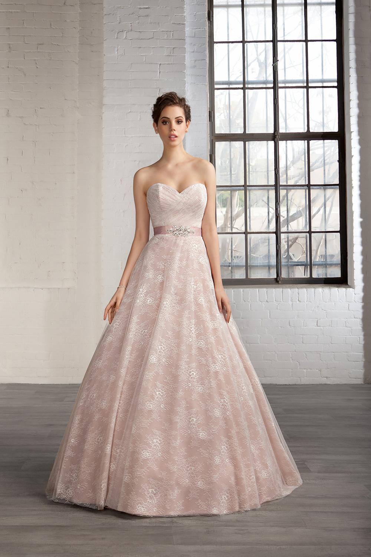 Vestido evasé en color rosado