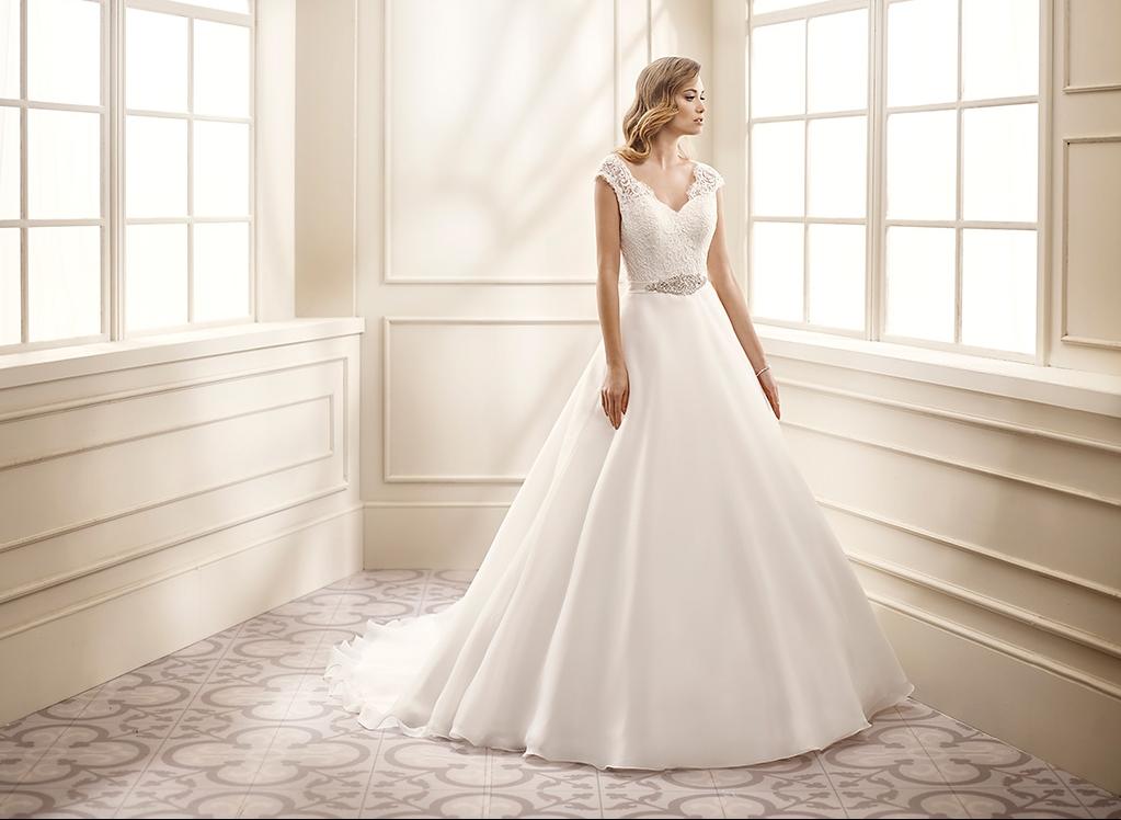 Sencillo y romántico vestido de novia