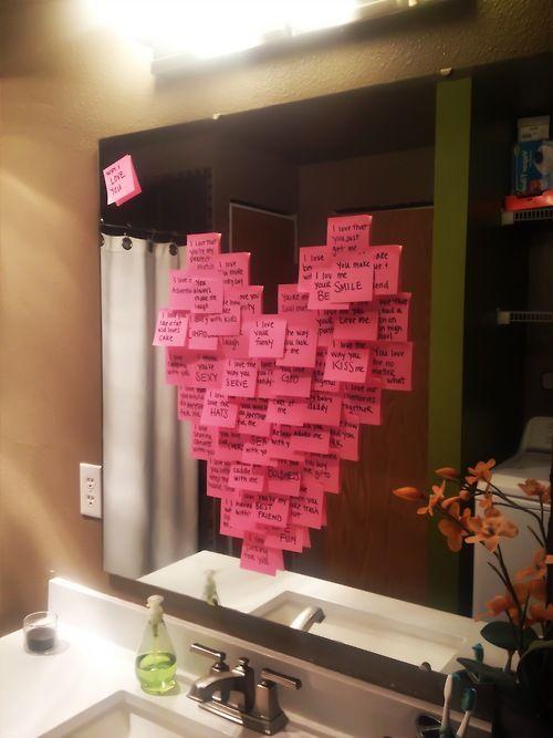 Unas notas muy románticas en el baño