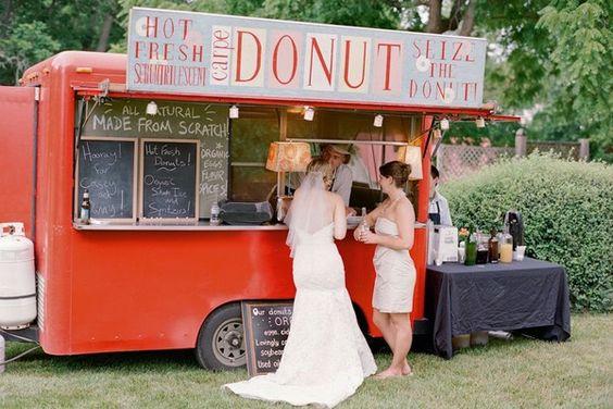 ¡Porque los ricos donuts también tienen que estar en la boda!