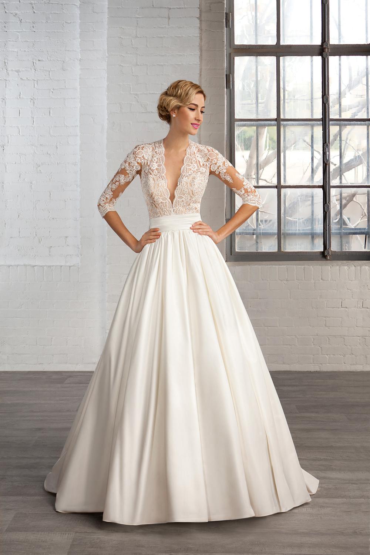 Vestido de media manga para las novias más actuales