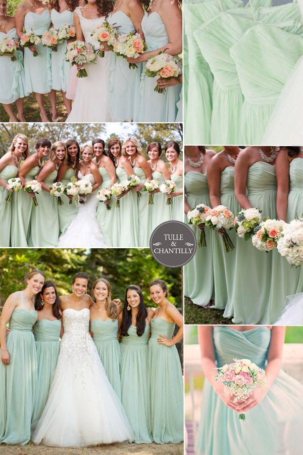 Damas y sus vestidos en color menta