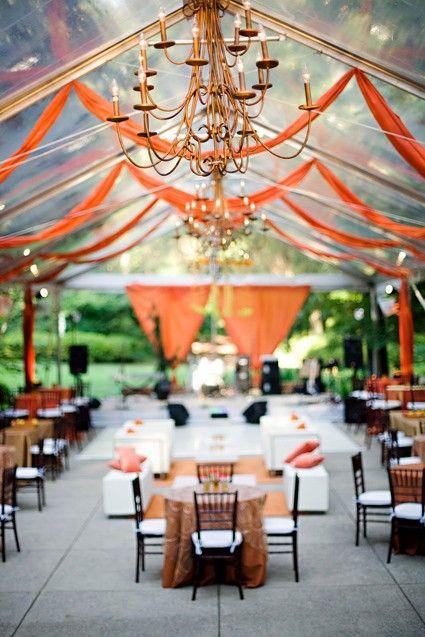 Dale vida a tu boda con una telas en color naranja
