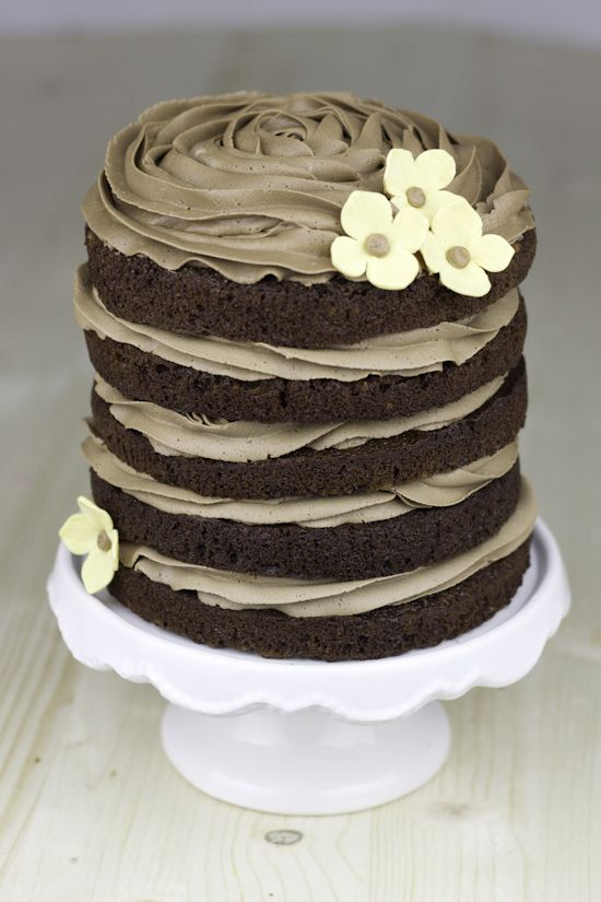 Naked-cake de chocolate y cacao