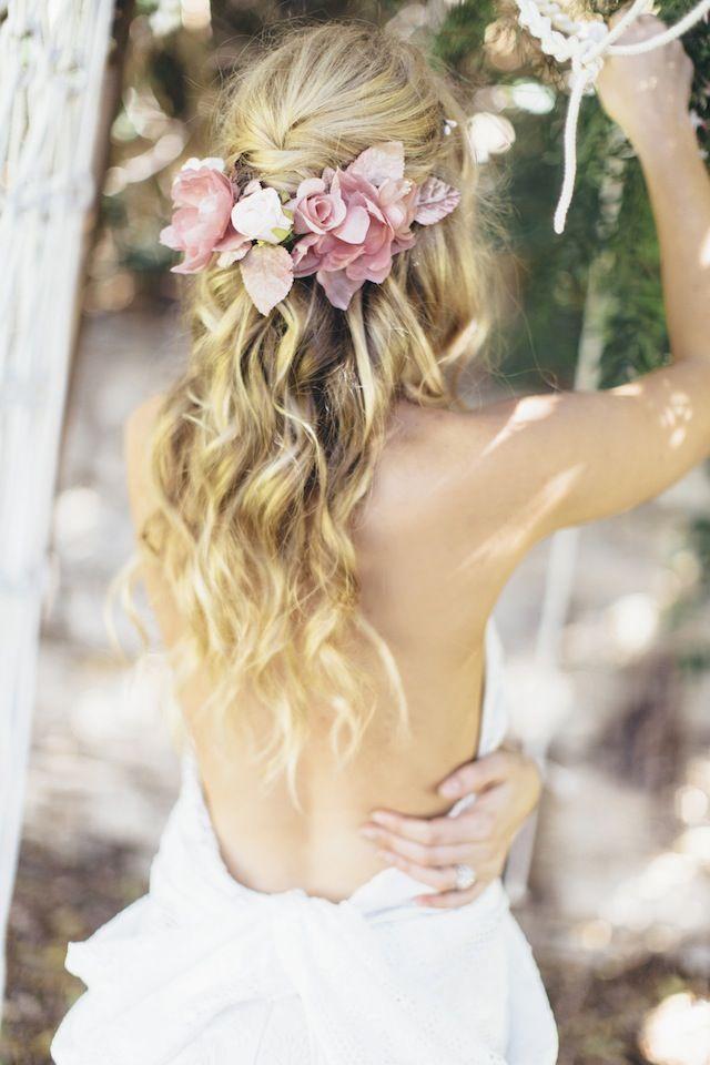 Cabello ondulado y natural para novia