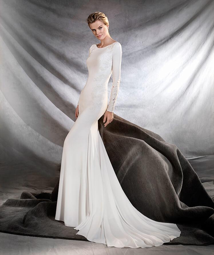 El estilo minimalista llega a los trajes de novia 2017