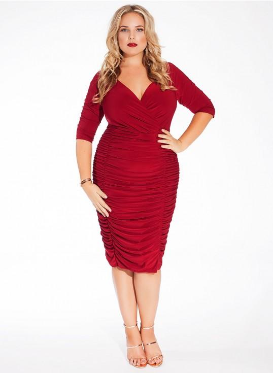 Vestido ajustado en color rojo