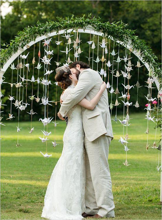 Arco de boda con decoración muy original