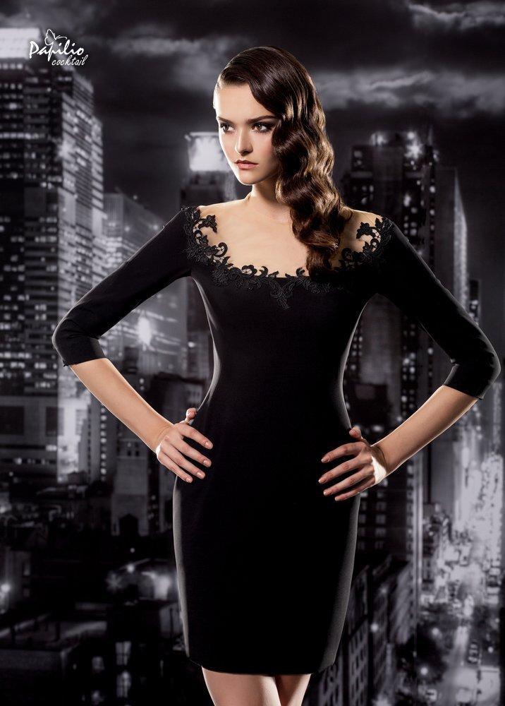 Vestido corto sexy y en color negro
