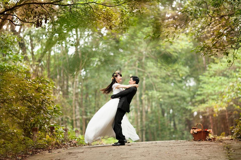 Una imagen de boda llena de amor