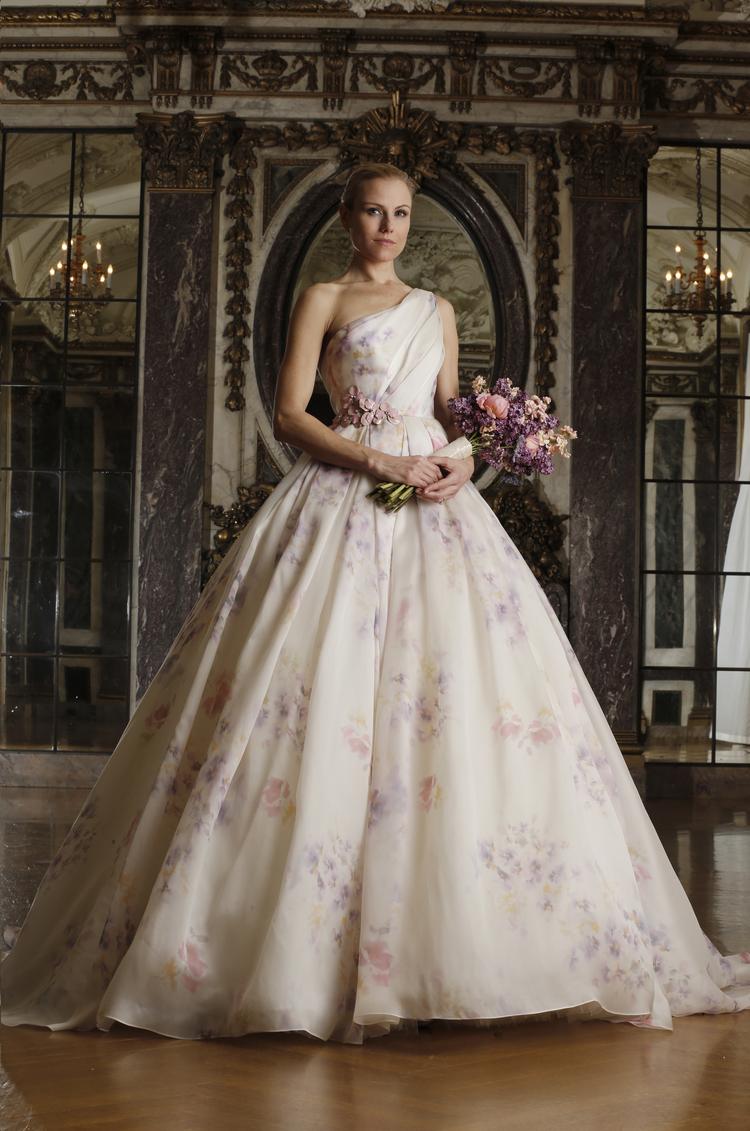 Delicado estampado para el vestido de novia