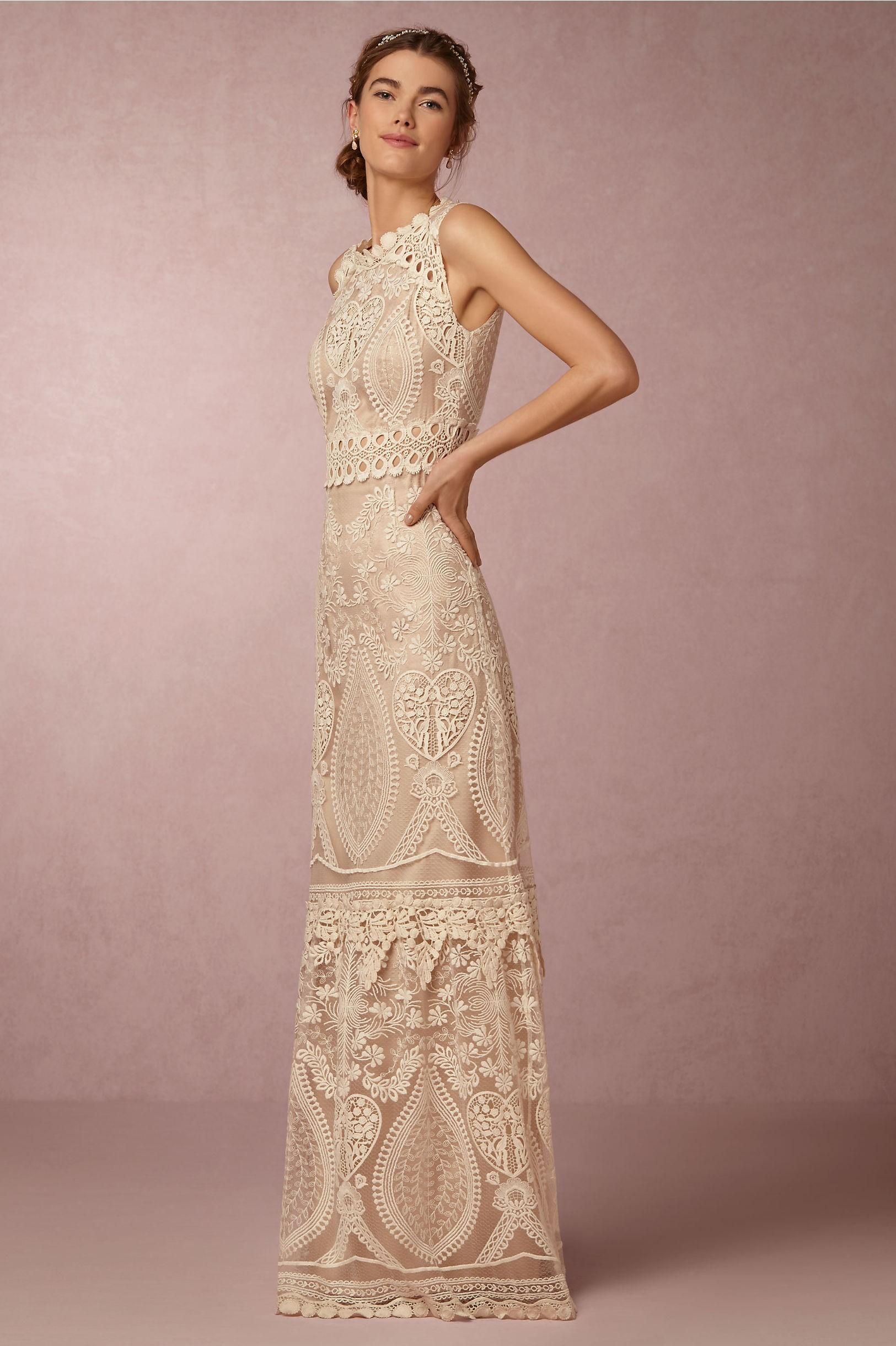 Vestido de novia largo con estilo bohemio