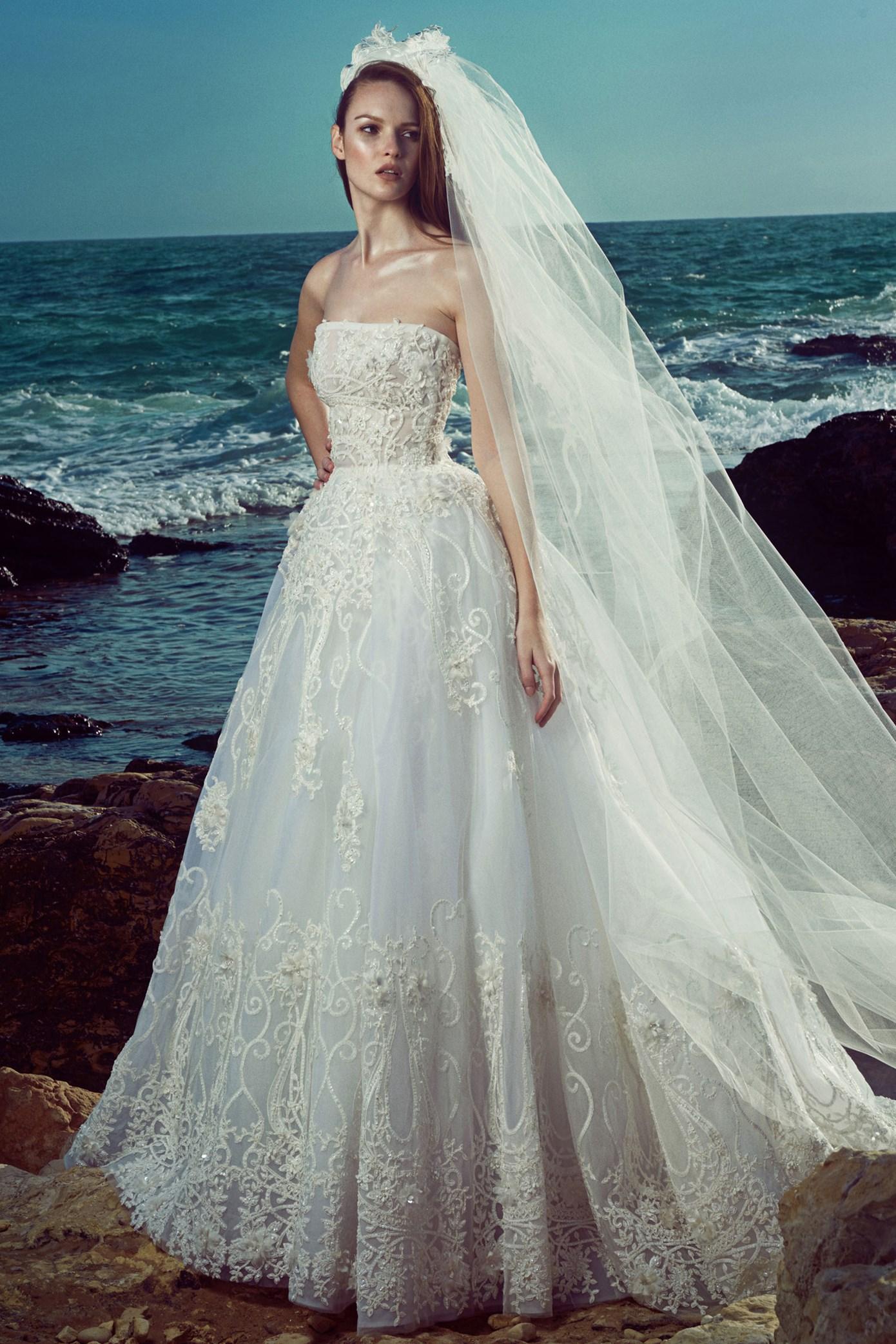Faldas voluminosas para un vestido de alta costura