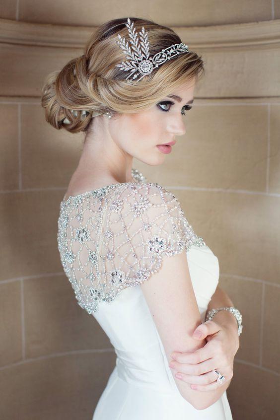 Recogido de novia con tiara