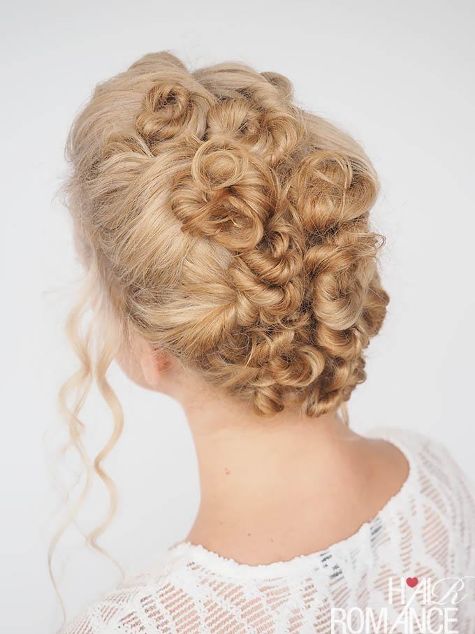 Peinado hecho con nudos