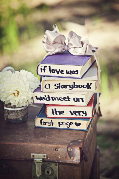 Libros con mensajes para una boda romántica