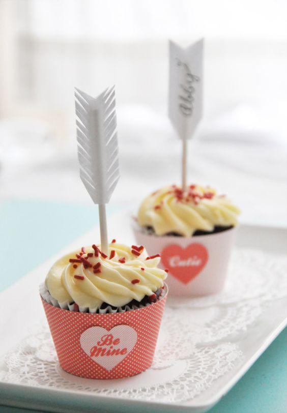 Para los novios, dos cupcakes muy románticos