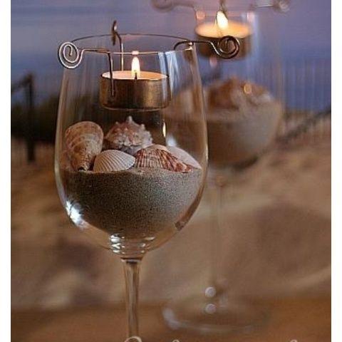 Para las bodas en la playa, los centros de mesa más sencillos