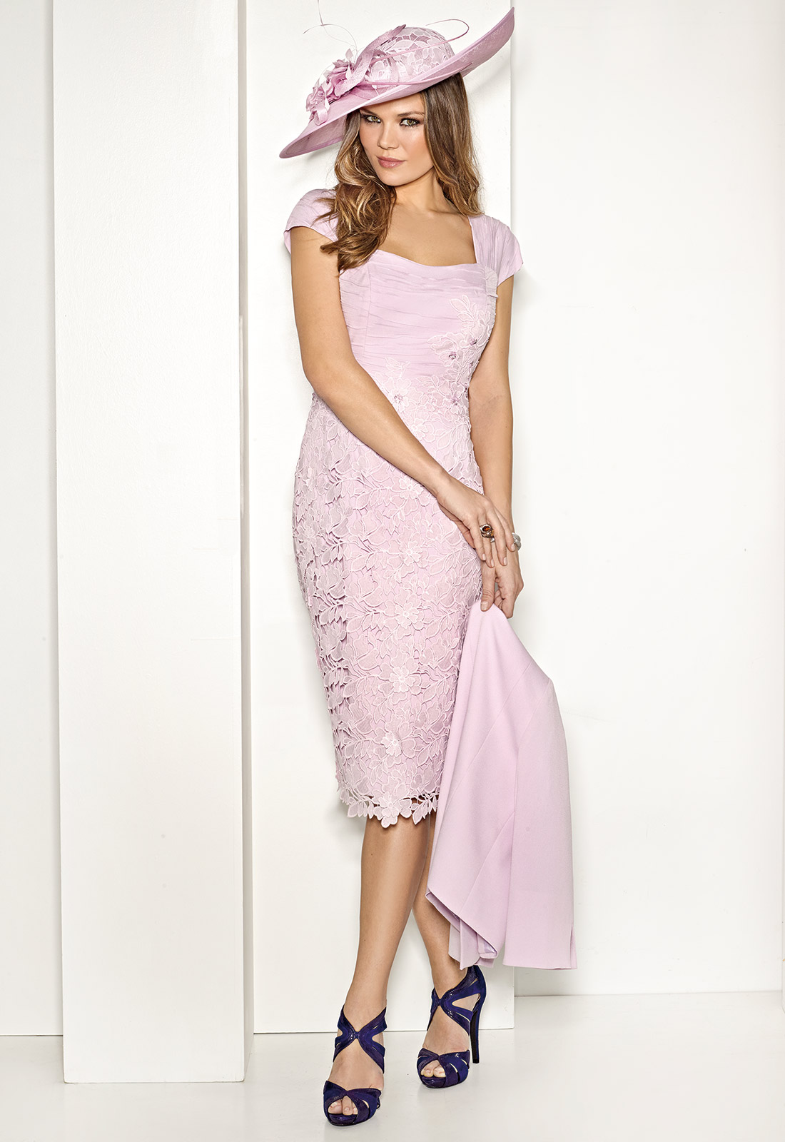 Vestido sutil y elegante en color rosa pastel