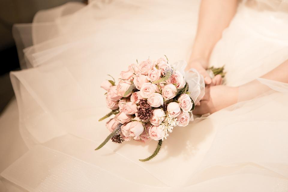 Sencillez y romanticismo en tu ramo de novia