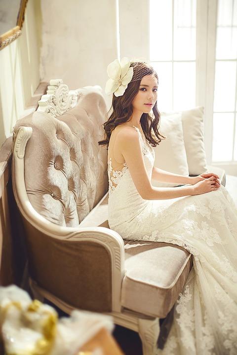 Una novia perfecta con su traje especial