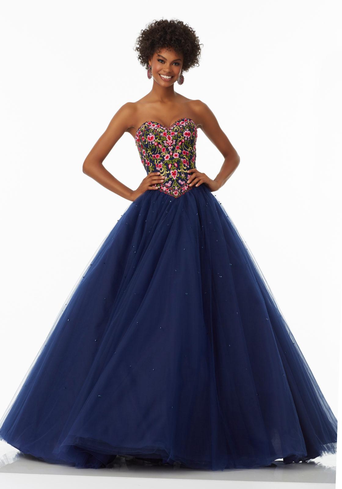 Un vestido con mucho volumen y gran belleza