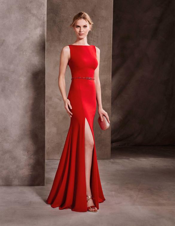 Vestido elegante con abertura en las piernas