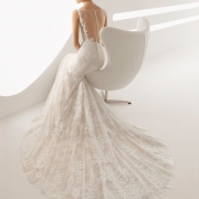 Vestidos de novia con escote espalda