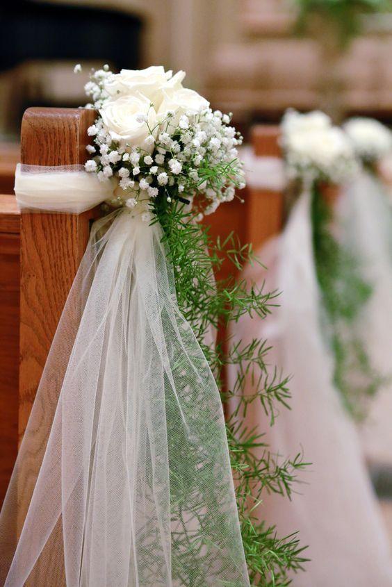 Flores con tul para sillas