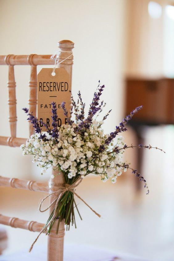 Sillas de boda reservadas
